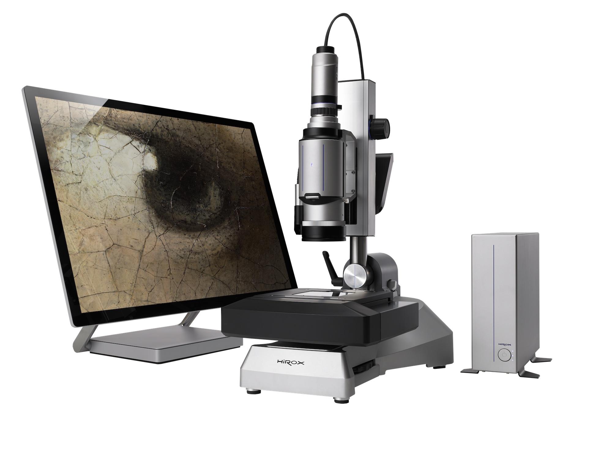 """Skan obrazu Łukasza Cranacha Starszego """"Madonna z dzieciątkiem w otoczeniu aniołków"""" na Zamku Królewskim na Wawelu przy pomocy mikroskopu cyfrowego 3D HIROX."""