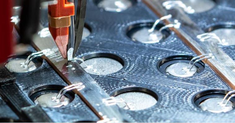 Początek nie musi być trudny: tworzenie modułów akumulatorowych za pomocą połączeń drutowych