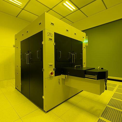 EV Group otwiera możliwości sprawnego i wydajnego skalowania produkcji dzięki nanostęplowaniu (NIL) typu Step-and-Repeat nowej generacji.